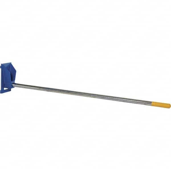 Vestil 2 500 Lb Capacity Rug Ram Carpet Pole 44352961