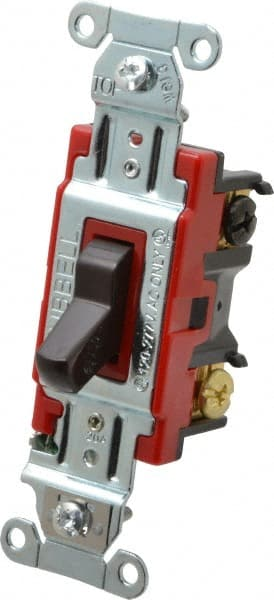 Attwood 3 position On//Off//On 20 amp Toggle Switch 14386
